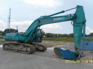 Kobelco SK200-6 Excavator - Excavators for Rent | leonghinseng.com.sg