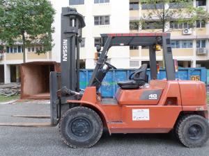 Nissan 4.0 Ton Forklift